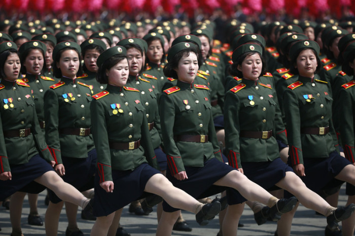Militrparade Mit Tausenden Soldaten In Nordkorea