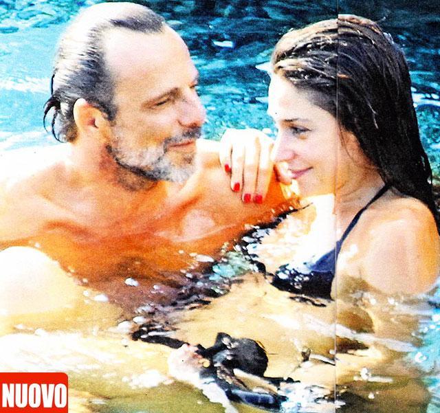 Alessandro Preziosi con la nuova fidanzata baci e abbracci a Pantelleria lei si chiama Elettra