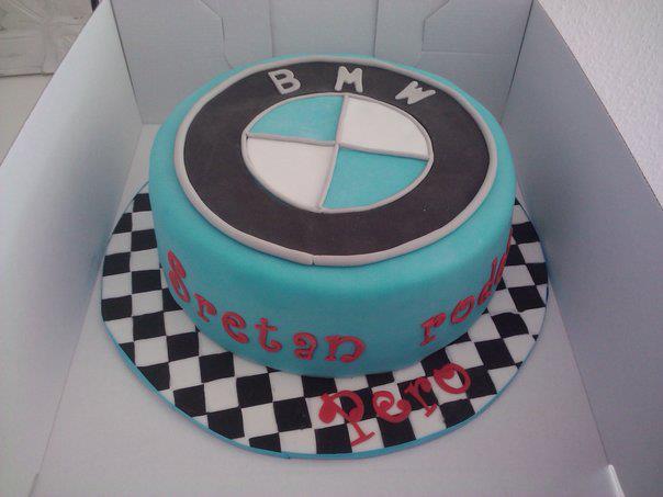 GeburtstagErwachsene  BMW Torte