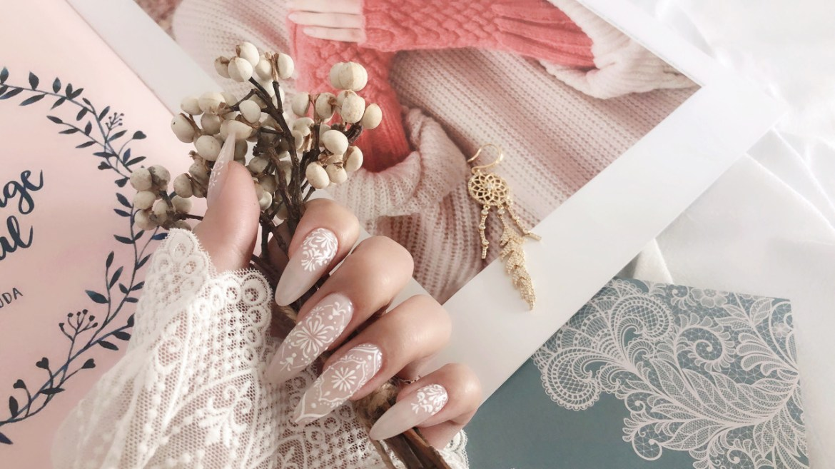 Light Color Boho Nails Ideas