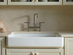 kitchen sinks with drainboard built in cheap carts sale 怎样选购厨房水槽 科勒家居 科勒中国kohler china 永恒的前立水水槽或农舍水槽以比以往更丰富的颜色 质地和材料选择 而在家家居市场中占有一席之地 但是此款经典造型的创新已经超越其风格 whitehaven 和vault 前立