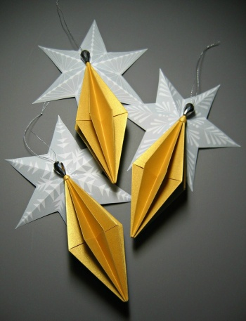 Origami Diamond Ornaments By All Things Paper Project