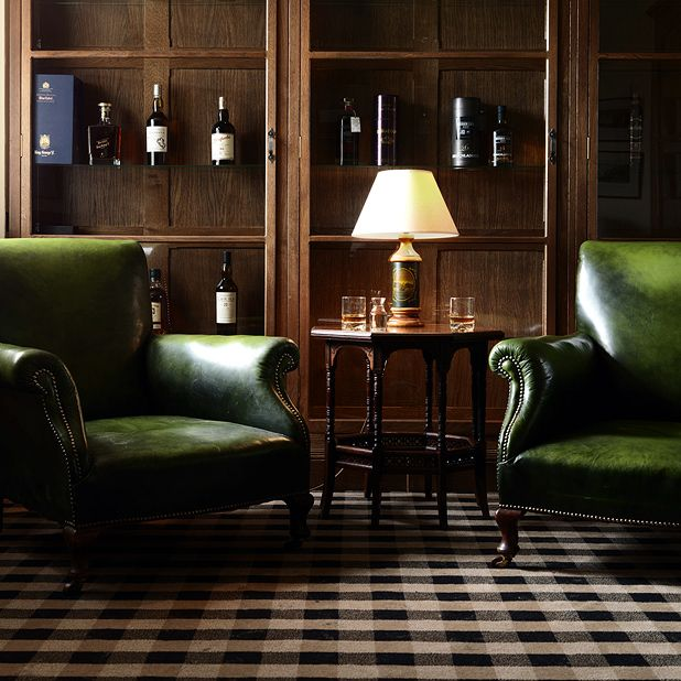 scotch and sofa signature design by ashley queen sleeper where to explore the world of whisky in edinburgh ...
