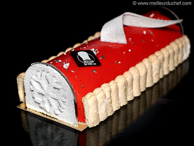Bche de Nol faon charlotte aux fruits rouges  Recette de cuisine avec photos  Meilleur du Chef