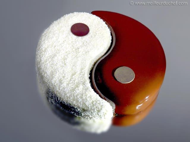 Entremets Yin Yang  Recette de cuisine illustre  Meilleur du Chef