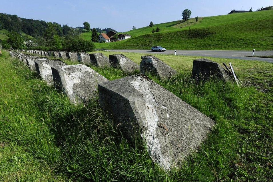 piedras anti-tanques
