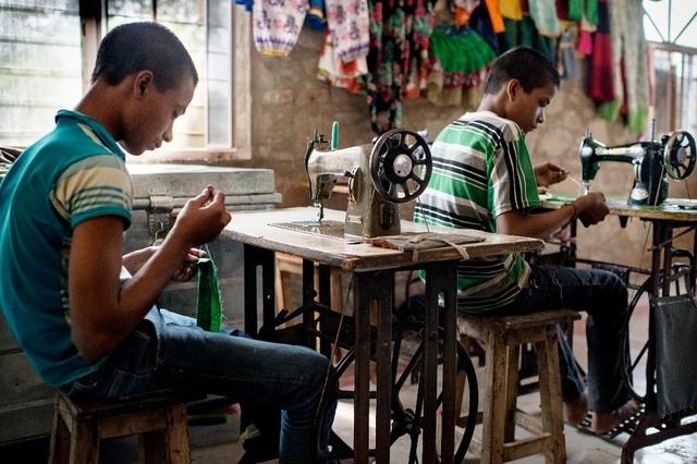 A travers le monde, près de 46 millions d'individus sont tenus en esclavage, selon ce rapport. «L'Asie fournit de la main d'oeuvre sans formation pour la production de l'industrie globalisée de l'alimentation, des vêtements et de la technologie», dénonce l'ONG.