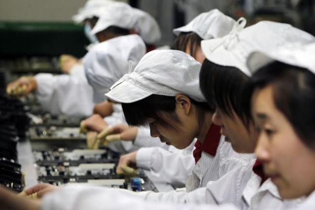 Le mois dernier, une de ses usines de Foxconn avait déjà été fermée après une bagarre générale opposant des vigiles et des ouvriers.