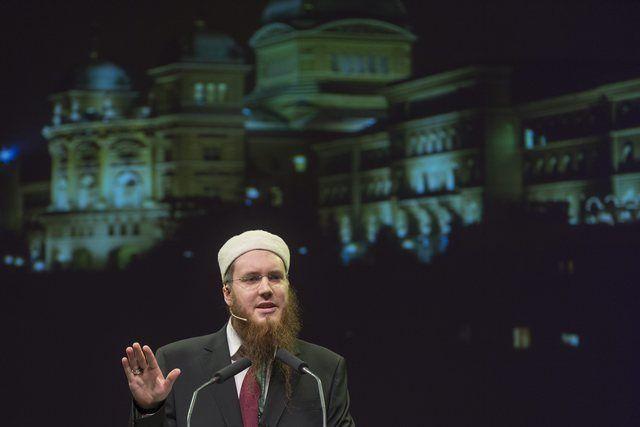 Nicolas Blancho, le président controversé du Conseil central islamique suisse (CCIS, a pris la parole lors de la conférence.