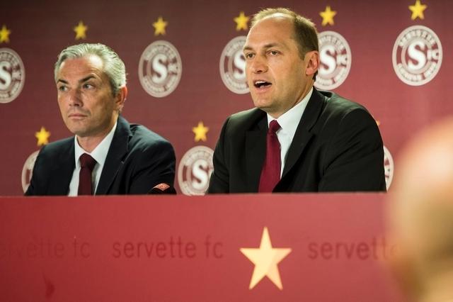 Philippe Salvi, directeur administratif, et Hugh Quennec, président du Servette FC, lundi lors de la conférence de presse.