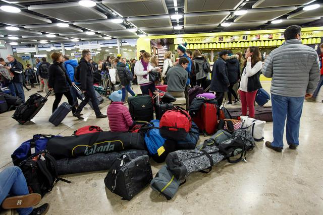 Les services secrets suisses récoltent depuis 2011 des données sur des passagers d'avions de ligne provenant d'Etats jugés à risque. Ici, l'aéroport de Genève-Cointrin. (Photo d'illustration)