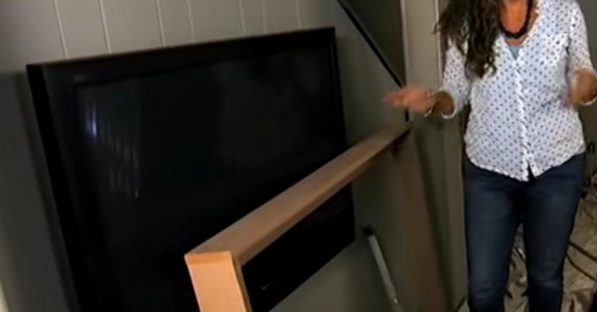 Questa cornice per la vostra TV a schermo piatto