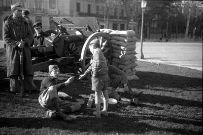 Un momento del golpe de Estado del coronel Casado en marzo de 1939, que marcó el final de la Guerra Civil. - ALFONSO / ARCHIVO GENERAL DE LA ADMINISTRACIÓN