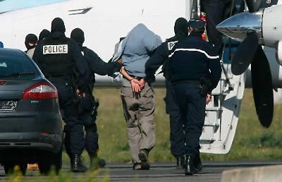 ETA esta debilitada pero no muerta, según la unidad antiterrorista francesa