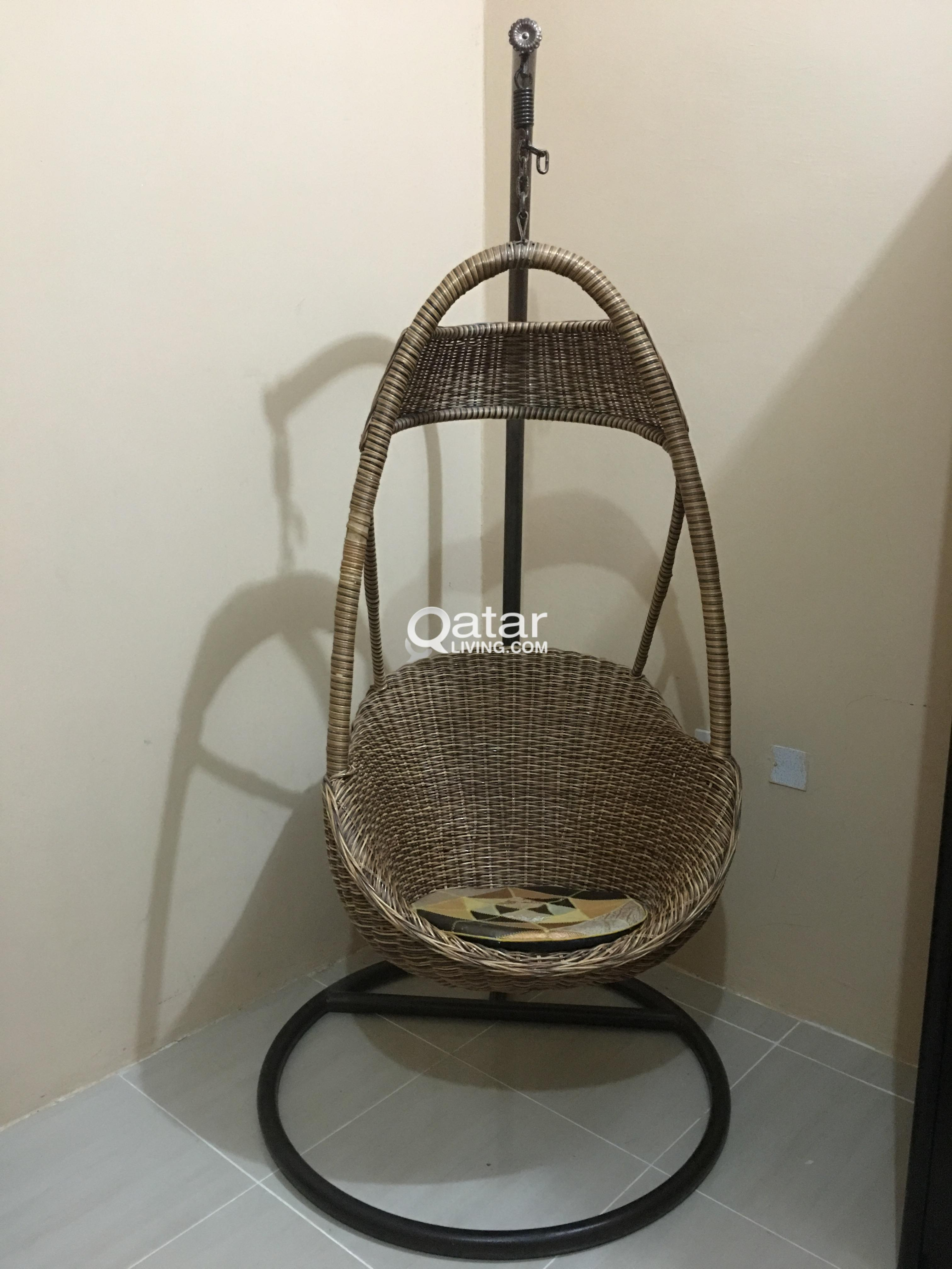 hanging chair qatar folding beach chairs costco swing living title
