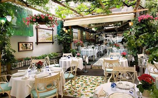 Romantic Restaurants in Sorrento  Food  Drink  Sorrento