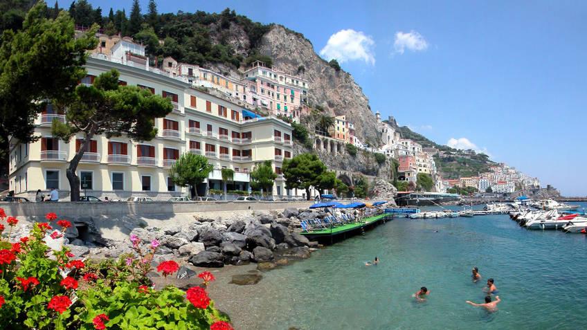 Hotel La Bussola  Amalfi  Prezzi e disponibilti