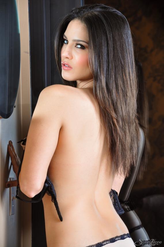 Sunny Leone, brunette, strip, nude, busty, lingerie, pose