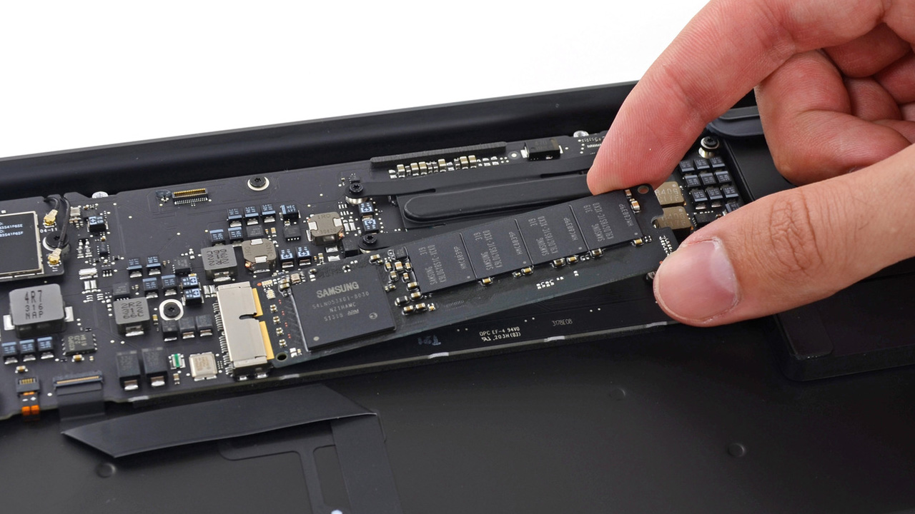 Why SSDs are Transitioning from SATA to PCIe in the Next Gen Form Factor - Tested