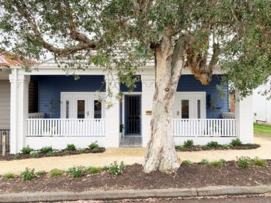 Navy weatherboard house: a crazy good before & after