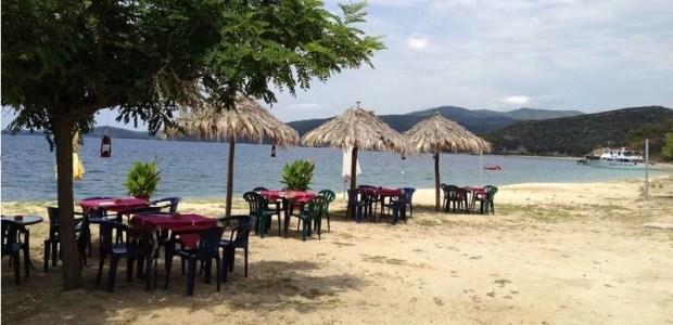 Αρετές παραλία Χαλκιδική
