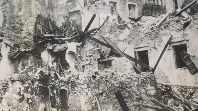 28 Οκτωβρίου 1940: Κέρκυρα, το νησί που βομβαρδίστηκε 195 φορές [εικόνες]   Ελλάδα Ειδήσεις