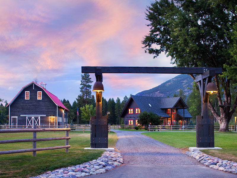 13 Spectacular Wilderness Resorts in Montana with Photos
