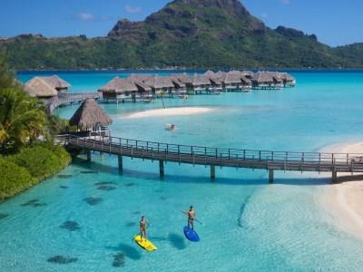 8 Most Romantic Bora Bora Honeymoon Resorts (with Photos ...
