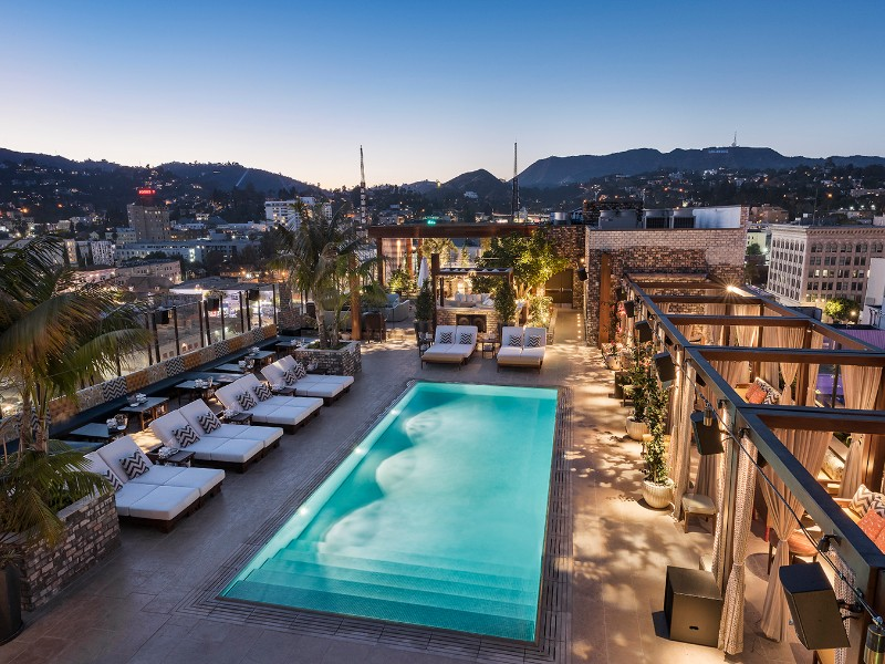 7 Best Hotels Near The Hollywood Walk Of Fame Tripstodiscover
