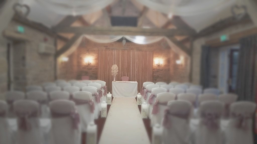 wedding chair cover hire chesterfield extravaganza covers weddings by dragonfly feature image
