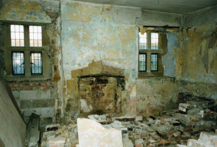 Old House Repairs The repair of old houses Lime plastering Lime rendering Lime Ash floors