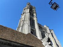 LAON: wieża pd. katedry / south tower of the cathedral
