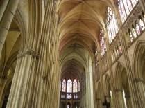Nawa główna katedry w Troyes