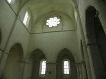 PONTIGNY: zwieńczenie transeptu / in the transept
