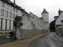 Fragment dawnych murów miejskich