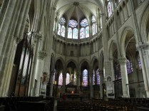 Prezbiterium katedry