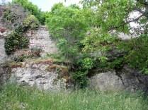 NOYERS: ruiny zamku biskupa Auxerre / ruins of the castle