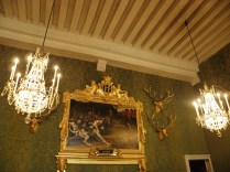 CHAMBORD: w domku myśliwskim / in the hunters lodge