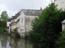 LOCHES: Rzeka Indre / Indre river