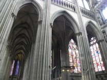 ROUEN: PRZY TRANSEPCIE PD. / IN THE SOUTH TRANSEPT