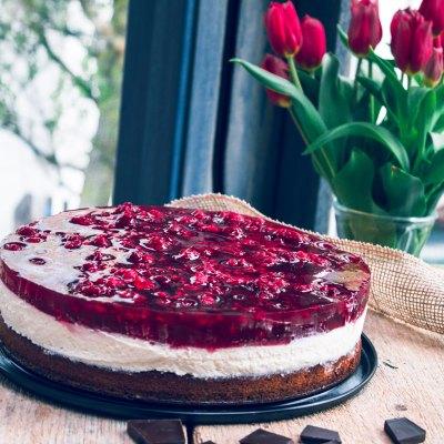 Himbeer Haselnuss Torte