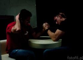 pojedynek na ręke, arm wrestling - armwrestling