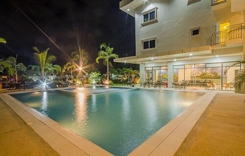 Zwembad Hotel M01 - Puerto Princesa