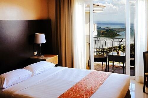 Deluxe Lake View Room Hotel M01 - Tagaytay, Luzon, Filipijnen