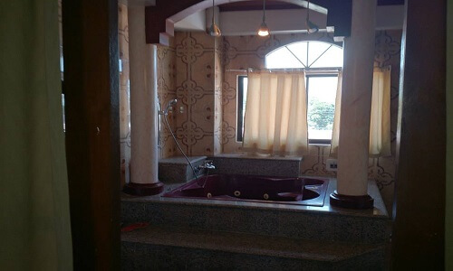 Jaccuzi Presidential Suite Hotel B01 - Legazpi City, Albay, Luzon, Filipijnen