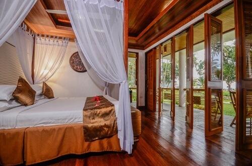 Slaapkamer Resort's Suite, Resort L11 Underground River Omgeving - Puerto Princesa, Palawan, Filipijnen