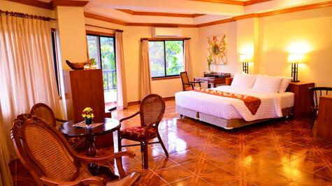 Semi-Suite - Courtyard Wing, Resort M11 - Mactan Island, Cebu, Filipijnen