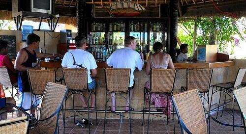 Bar - Resort M21, Dumaguete Omgeving, Central Visayas, Filipijnen