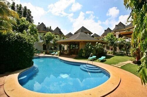 Zwembad hotel M08 - Puerto Princesa City, Palawan, Filipijnen