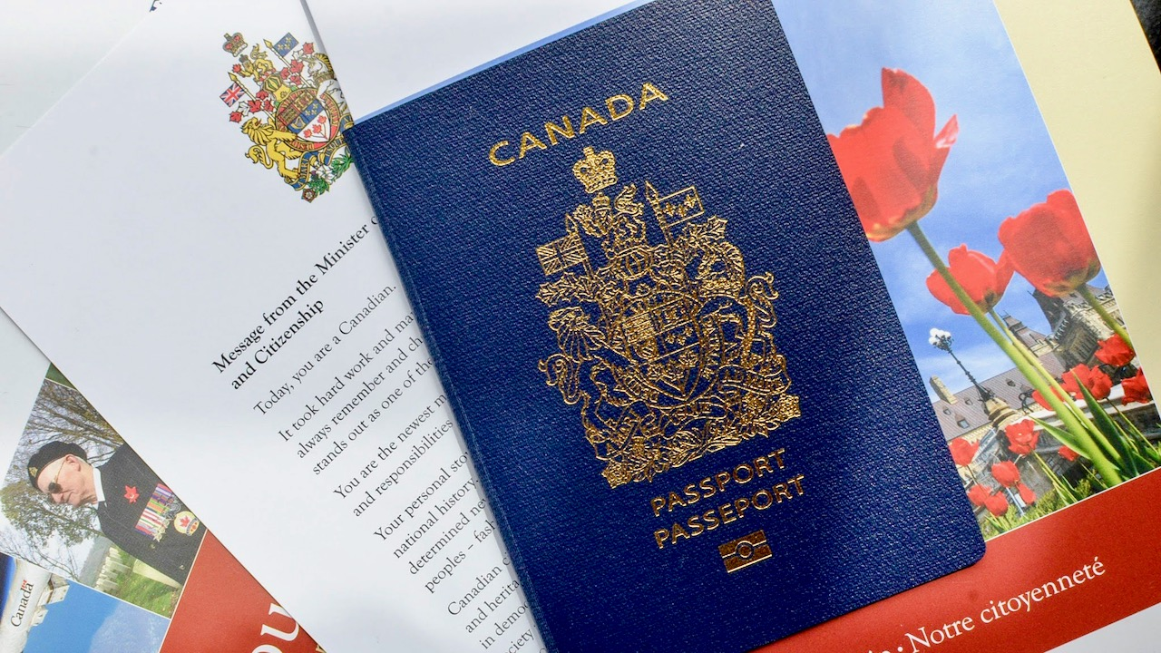 How to apply for Dual Citizenship in Canada